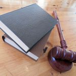 El delito de acoso, delitos contra la intimidad, en el Código Penal